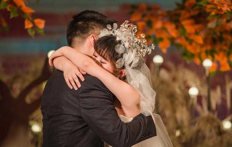 婚礼上新郎致辞应该怎么说?