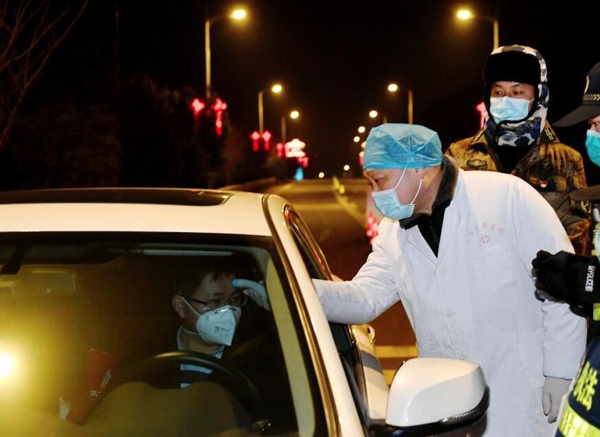 高碑店市自2月17日14时起对城区道路实行临时交通管制