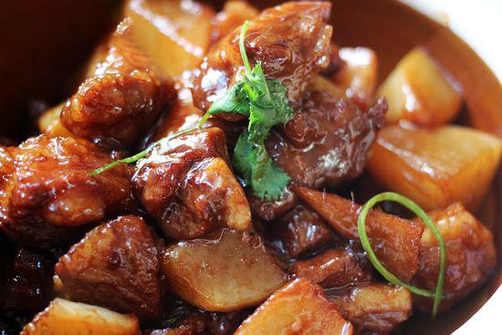 萝卜焖羊肉的做法