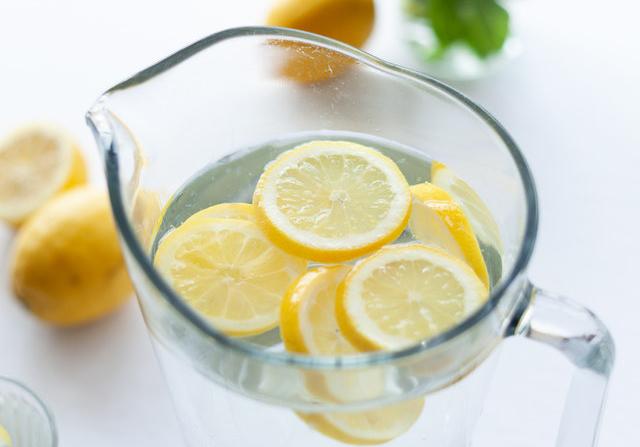 越酸的水果,维生素C含量就越高吗?