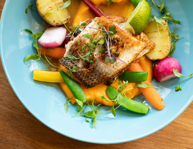 吃馒头、咽饭团吞鱼刺靠谱吗?