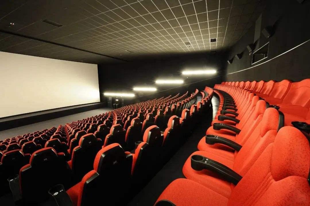 沉寂175天后,电影院将恢复开放营业!