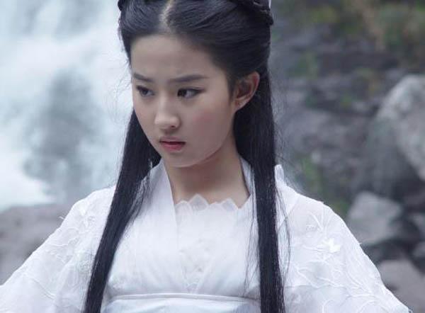 国内清纯女星排名 刘亦菲还在周冬雨之后